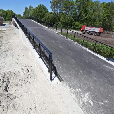 """Fietstunnel en fietsviaduct sportpark """"De Langeleegte"""" te Veendam"""